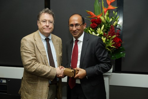 https://webresources.mq.edu.au/newsroom/wp-content/uploads/2013/10/Bruce-Allen2013-Image-of-Peter-Varghese-and-John-Simons_image-by-Iain-Brew-copy.jpg