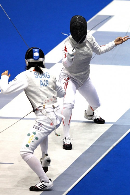 https://webresources.mq.edu.au/newsroom/wp-content/uploads/2014/04/Lishan-Sung-Fencing-Olympic-Qualifiers-2012.jpg