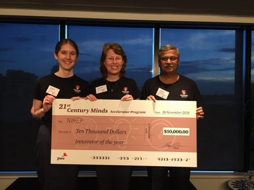 https://webresources.mq.edu.au/newsroom/wp-content/uploads/2016/11/PWC10kcheque.jpg