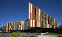 Exterior of the Macquarie University Library
