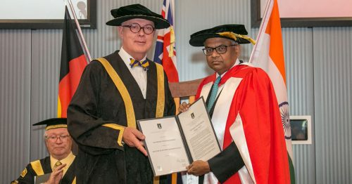 https://webresources.mq.edu.au/newsroom/wp-content/uploads/2019/06/Honorary-Doctorate2.jpg